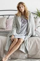 Μακριά, ζεστή ΡΟΜΠΑ από μαλακό ύφασμα fleece, πλαϊνές τσέπες και ζώνη
